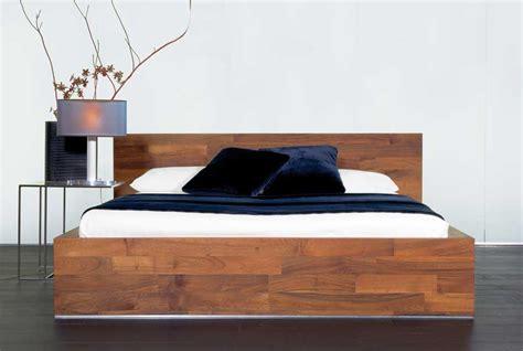 schlafzimmer bett holz design bett holz 160x200 d 228 nisches bettenlager mit seiner