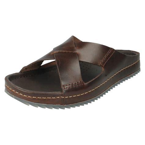 clarks mens sandals s clarks casual slip on mule sandals netrix jump ebay