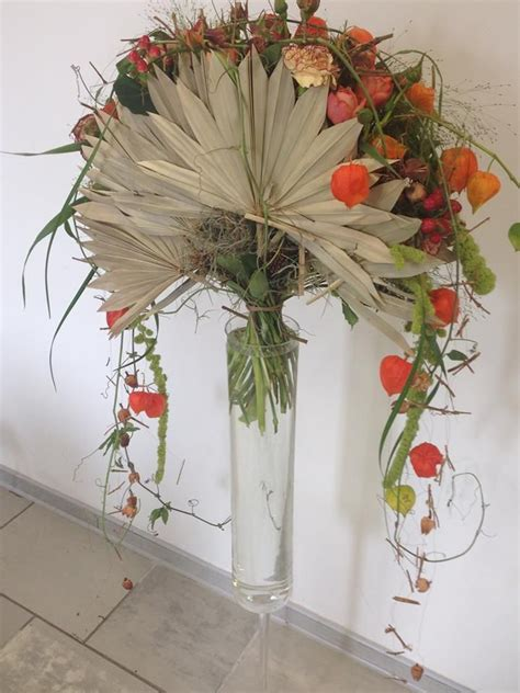 pattern arrangement in art gregor lersch floral design flower design pinterest