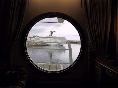 cruiseclues disney cruise  disney  cabin