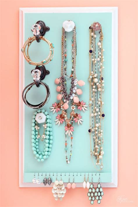 make jewelry organizer 167 best images about diy jewelry organizers on