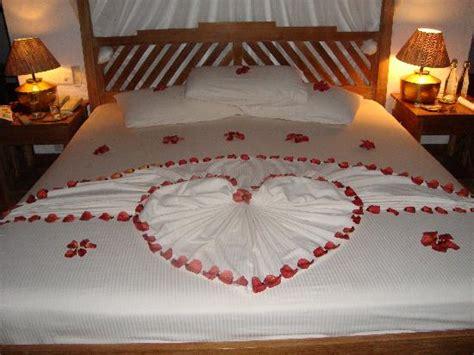 honeymoon bed oh my god paradise heaven amazing beautiful just
