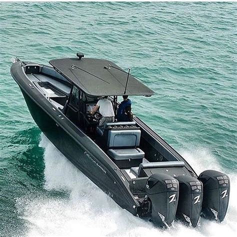 midnight express 39 and triple seven marine all black - Midnight Express Boats Black