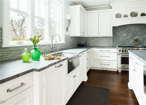 kitchen backsplash ideas with white cabinets railing kitchen backsplashes with white cabinets recessed lighting