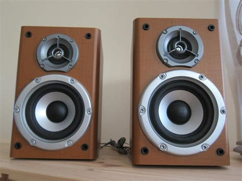 jvc sp fsg5 stereo or surround small bookshelf speakers