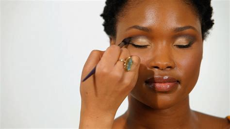 how to apply blush to african american girls eye makeup makeup guide 101 for teen girls of color polish magazine