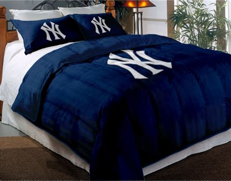 New York Yankees Bed Set New York Yankees Mlb Chenille Embroidered Comforter Set With 2 Shams 64 Quot X 86 Quot