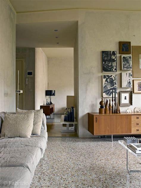 pavimento in marmettoni ristrutturare casa con graniglia marmette e marmettoni