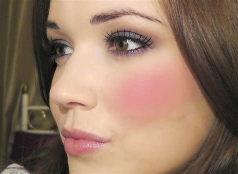 Rosy Cheeks tips to get rosy cheeks naturally