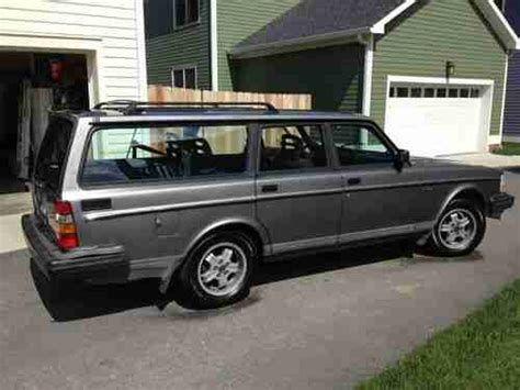 find   volvo  base wagon  door   chattanooga tennessee united states