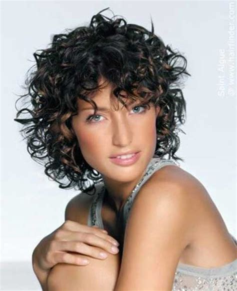 Frizzy Curly Hairstyles by 15 Haircuts For Curly Frizzy Hair Hairstyles