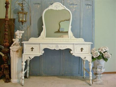 shabby chic makeup vanity table fashioned makeup vanities makeup vidalondon