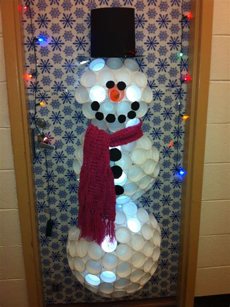 apartment door christmas decorating contest ideas how to decorate an apartment door for bestapartment 2018