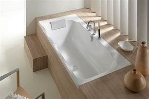 Lovely Salle De Bain Sous Pente 5M2 #14: Petite-baignoire-encastree-jacob-delafon-chez-aubade.jpg