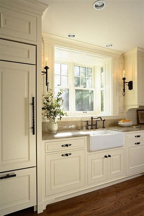 kitchen with cream cabinets off white kitchen what color wood floors