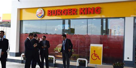 burger king siege social burger king inaugure cinqui 232 me restaurant sur l axe