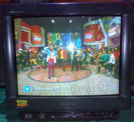 Tv Yang Tipis tv sony gambar tipis dan bergaris
