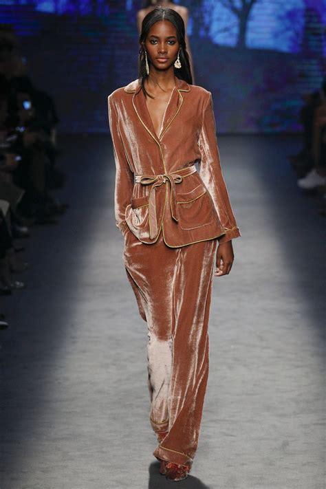 Trend Velvet by Best Tips For Taking Velvet Fabric The Runway To Your