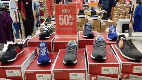 Harga Sepatu New Balance Hijau sepatu sneaker merek new balance didiskon hingga 50 persen