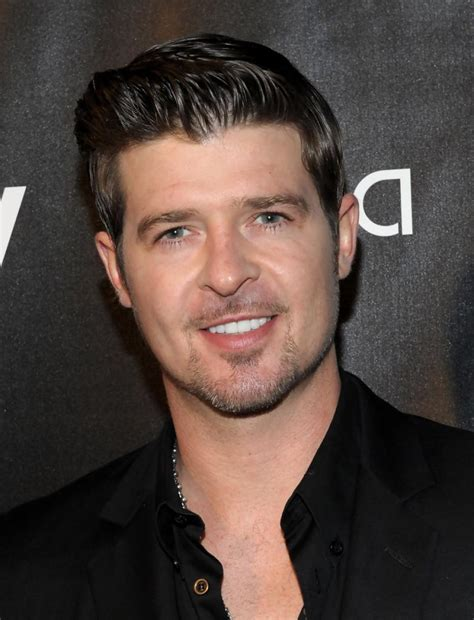 robin hecke new robin thicke album paula sells just 530 copies in uk