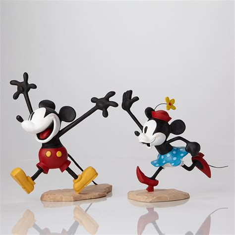 getting a walt disney archives 4051311 get a mickey and minnie