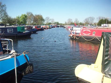 bluewater canal boats blue water marina living on a canal boat