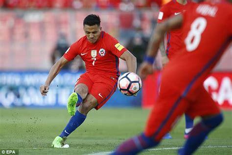 alexis sanchez kicking chile 3 1 venezuela match report daily mail online