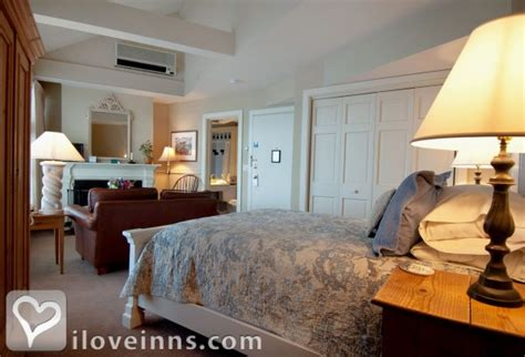 mystic ct bed and breakfast steamboat inn in mystic connecticut iloveinns com