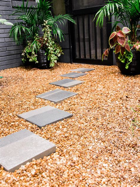 staining patio pavers how to stain concrete pavers how tos diy