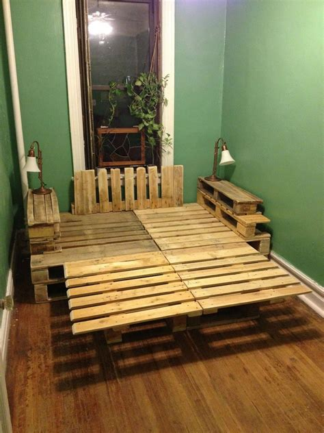 diy pallet bed frame a pallet bed construction and diy projects forums thehomesteadingboards