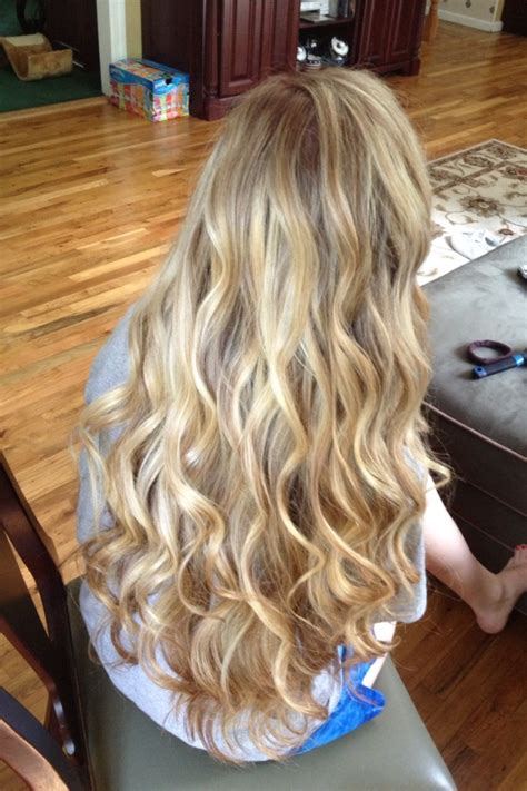 prom hairstyles no curls best 25 loose curls ideas on pinterest