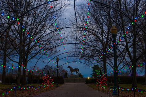 southern lights holiday festival returns to the kentucky