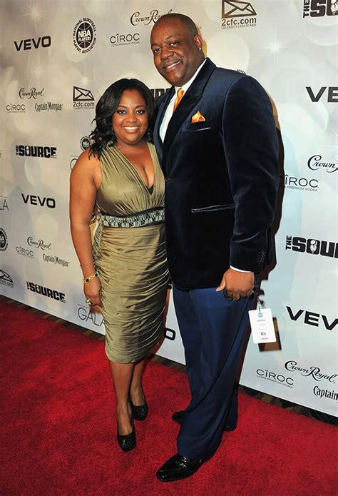 sherri shepherd and husband lamar sally getting divorced sherri shepherd s baby surrogate gave birth while she was