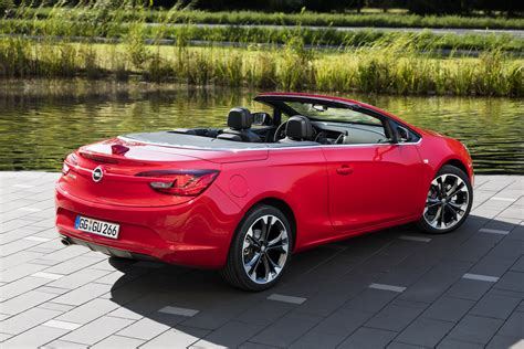 opel cascada 2016 opel cascada becomes supreme with new special edition