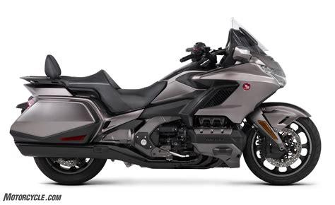 2018 honda motorcycles 102417 2018 honda gold wing unveil 01 motorcycle