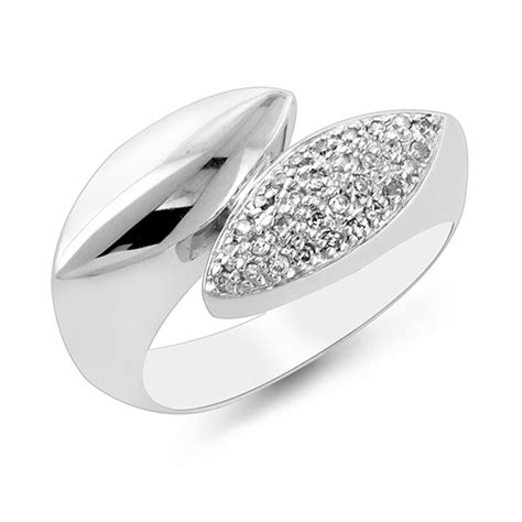 Black 507 Carat black and white fashion rings