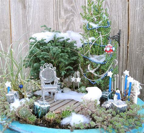 Winter Gardening Ideas Miniature Gardening Lesson Don T Eat Yellow Snow The Mini Garden Guru From Twogreenthumbs