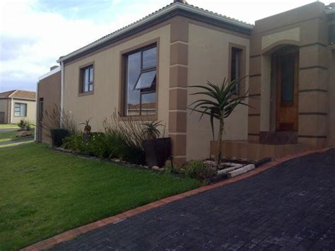 2 Bedroom Sectional Title for Sale For Sale in Port