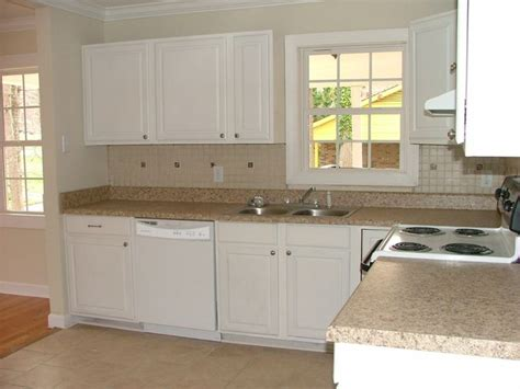 how to clean white laminate kitchen cabinets 41 best images about remodeling on