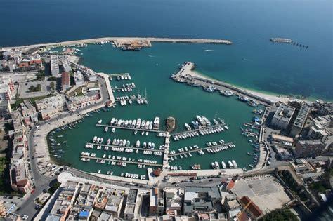 porto di bisceglie un progetto per raddoppiare i posti barca porto di