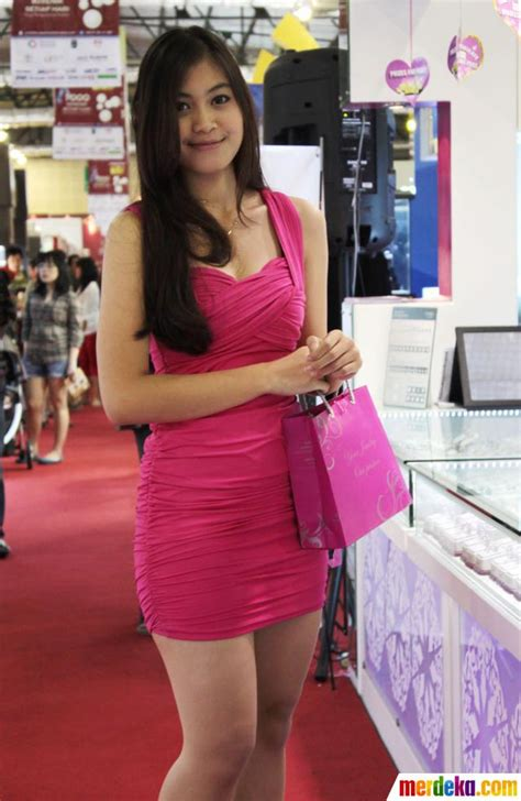 Permata 6520 Tas Wanita Cantik foto para wanita cantik hiasi jakarta international jewellery fair merdeka