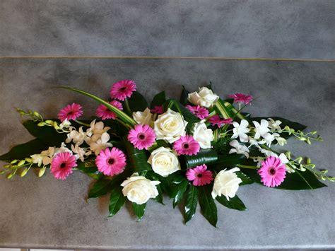 hutte bouquet d or bouquet de fleurs pour table mariage
