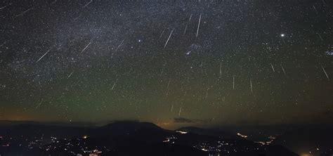 Meteoroid Showers by Meteoroid Environments