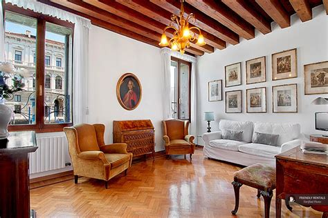 Venice Appartments the canal apartment in venice stylish with a view of the grand canal