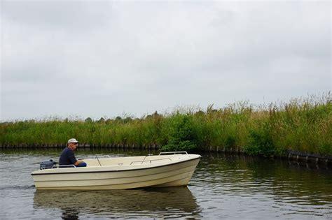 visboot huren visboot toerboot huur een motorboot huur een