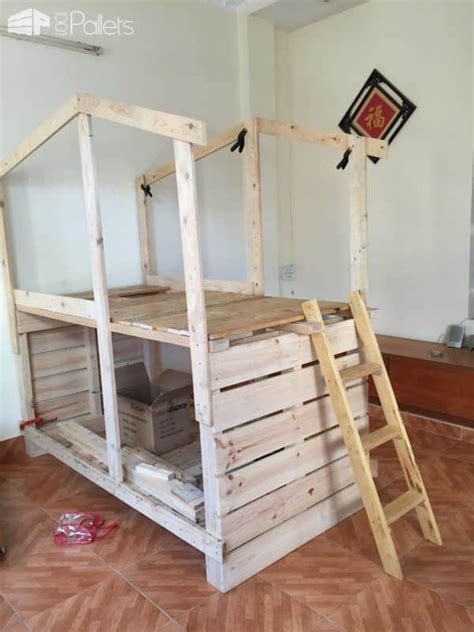 pallet bunk beds outstanding pallet kids bunk beds with playhouse 1001