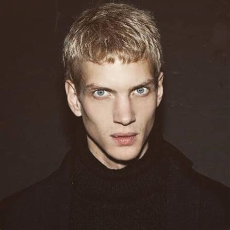 thin blonde hairstyles men 20 hairstyles for men with thin hair
