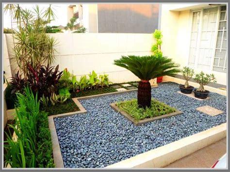Batu Warna Batu Hias Mentos ornamen batu alam di taman minimalis