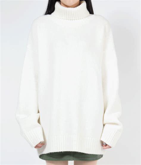 Plain Mock Neck Slim Fit Knit Top sleeve official website
