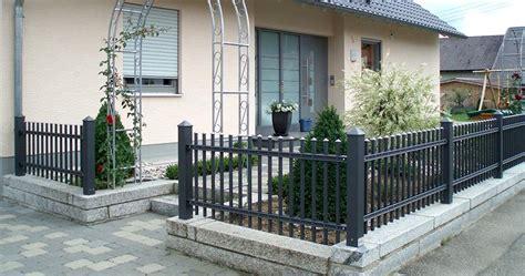 Gartenzaun Sichtschutz Modern Kunstrasen Garten